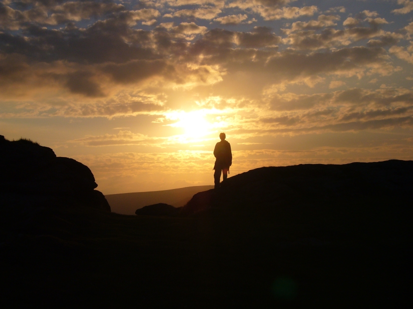 Someone_at_Haytor_at_sunset